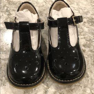 Footmates patent toddler shoes